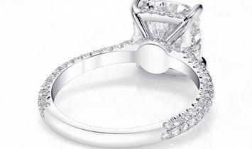 1.00CT Solitaire Cushion Cut Diamond Engagement Ring in Platinum