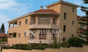 House in Kolossi, Limassol, Cyprus 1