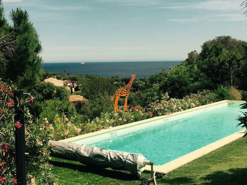 Villa in Sainte-Maxime, Provence-Alpes-Côte d'Azur, France 1 - 11256178