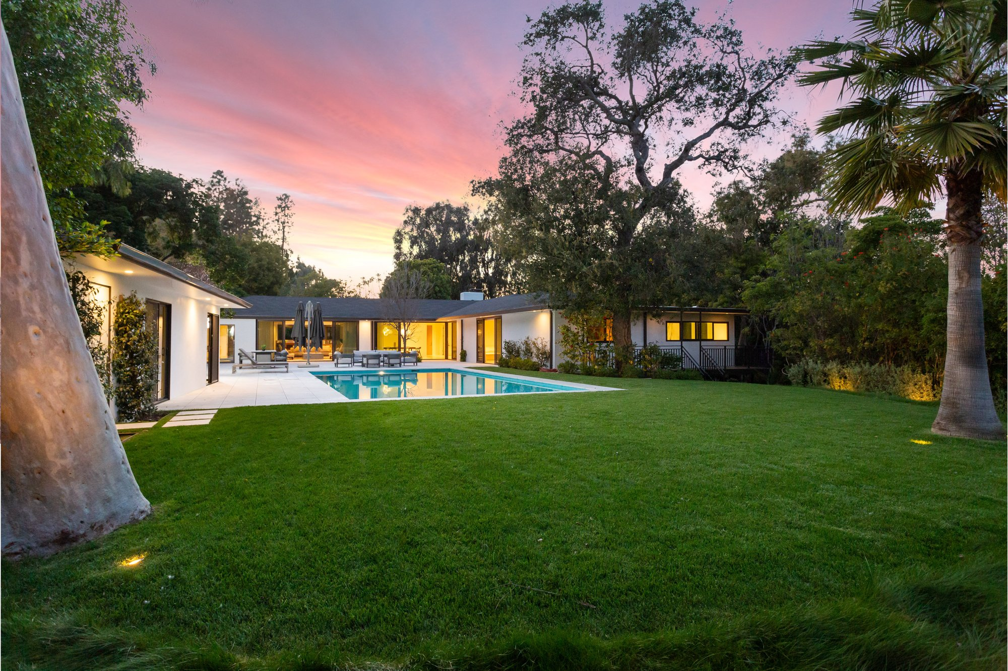 House in Los Angeles, California, United States 1 - 11608555