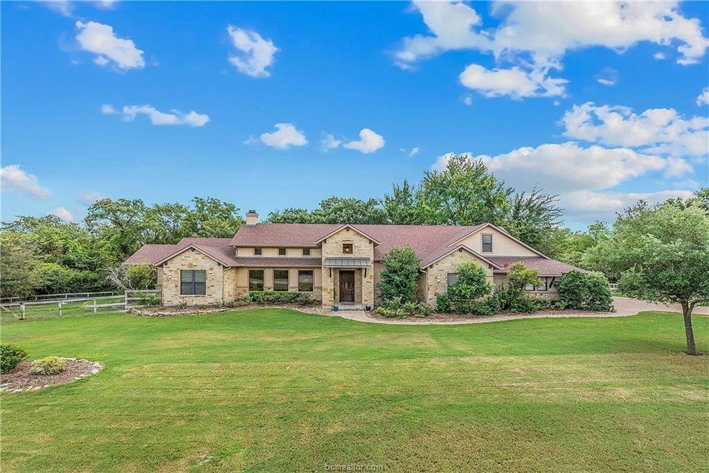 House in College Station, Texas, United States 1 - 11608611