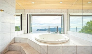 Дом в Атами, Сидзуока, Япония 1