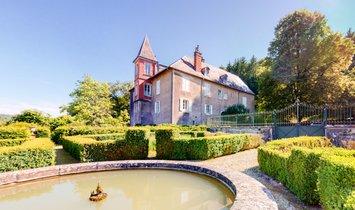 Chateau in Villers-Pater, Bourgogne-Franche-Comté, France 1