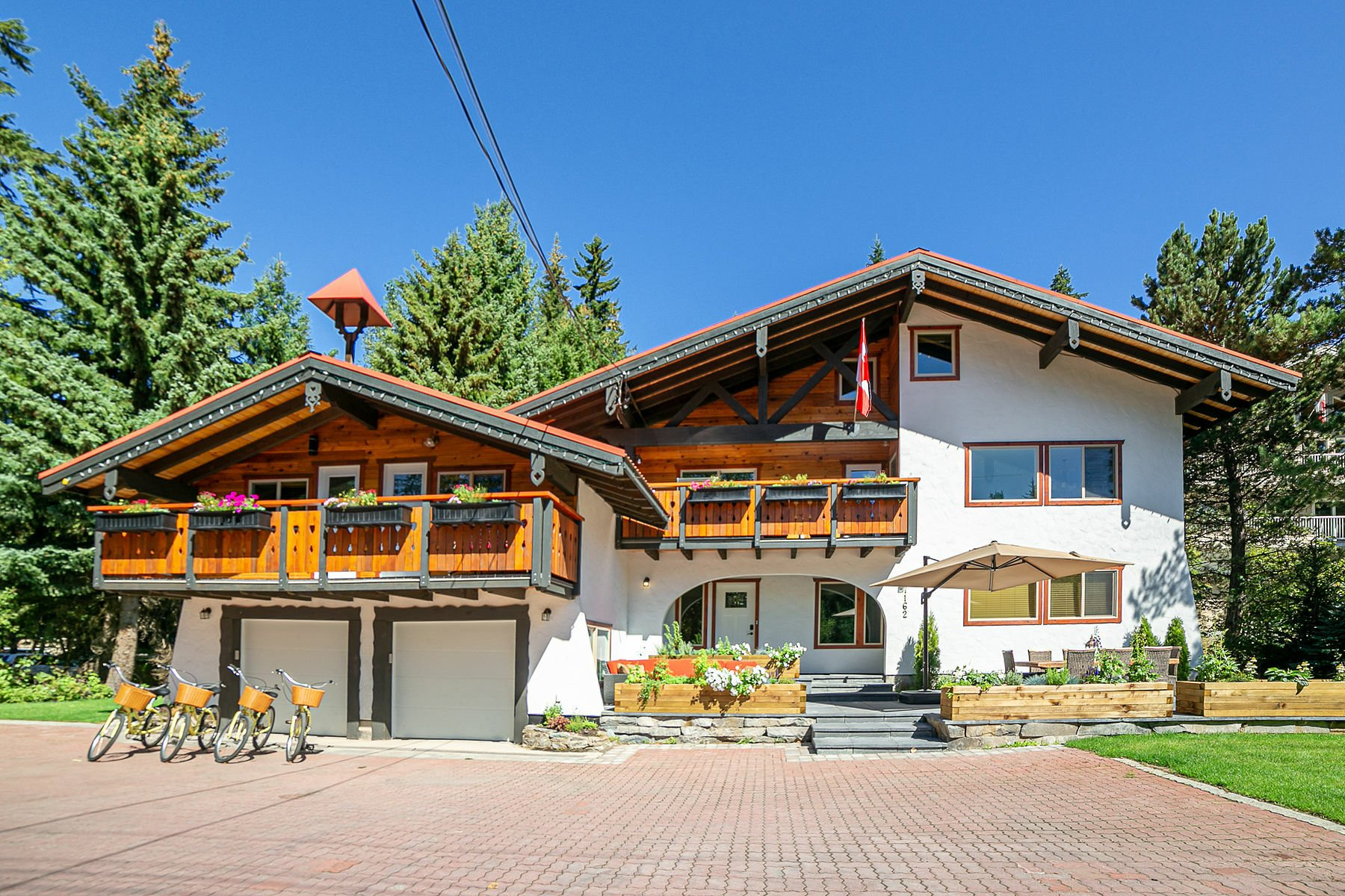 House in Whistler, British Columbia, Canada 1 - 11615739