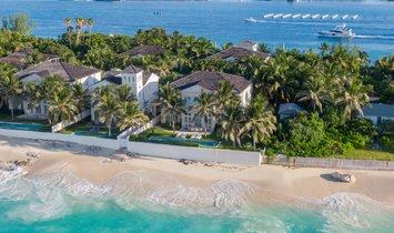 Villa in Nassau, New Providence, The Bahamas 1