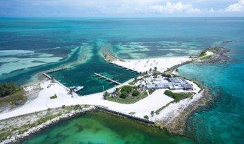 Земля в Буллок Харбор, Берри, Багамы 1