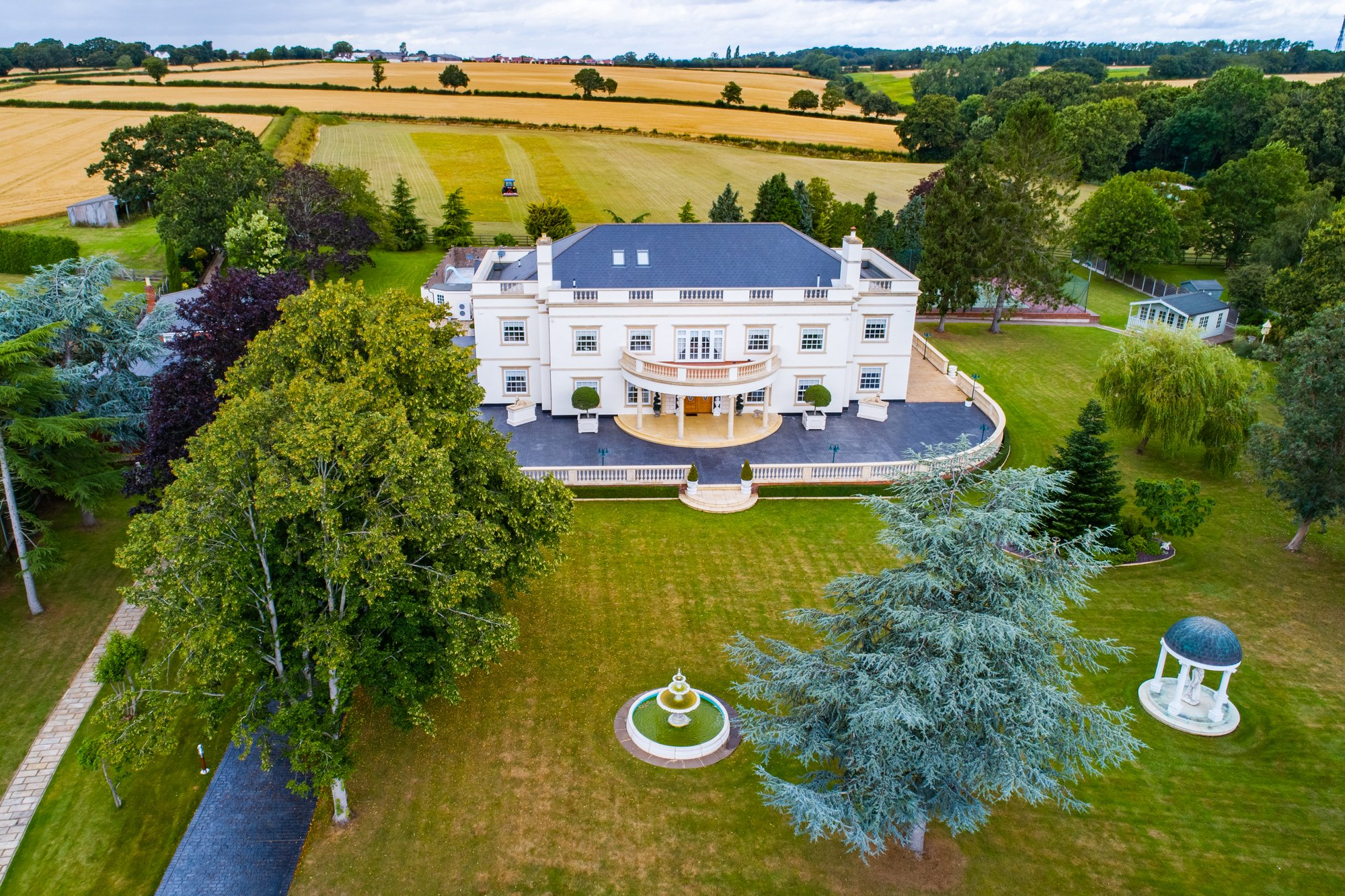 House in Great Totham, England, United Kingdom 1 - 11617118