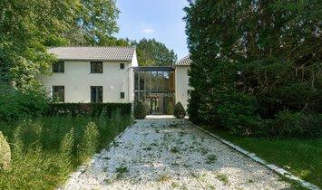 Villa in Lasne, Wallonia, Belgium 1