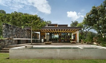 House in Valle de Bravo, State of Mexico, Mexico 1