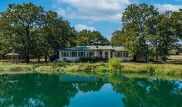 Дом в Дайк, Техас, Соединенные Штаты Америки 1
