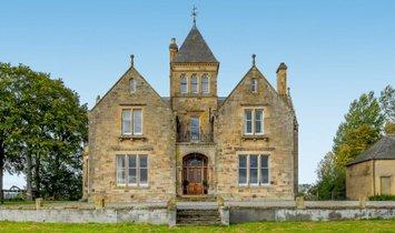 House in Tain, Scotland, United Kingdom 1