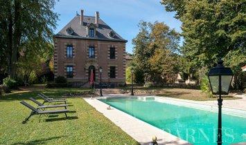 Дом в Альбиньи-Сюр-Саон, Овернь-Рон-Альп, Франция 1