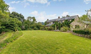 Дом в Далвуд, Англия, Великобритания 1