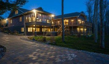 House in McDougall, Ontario, Canada 1