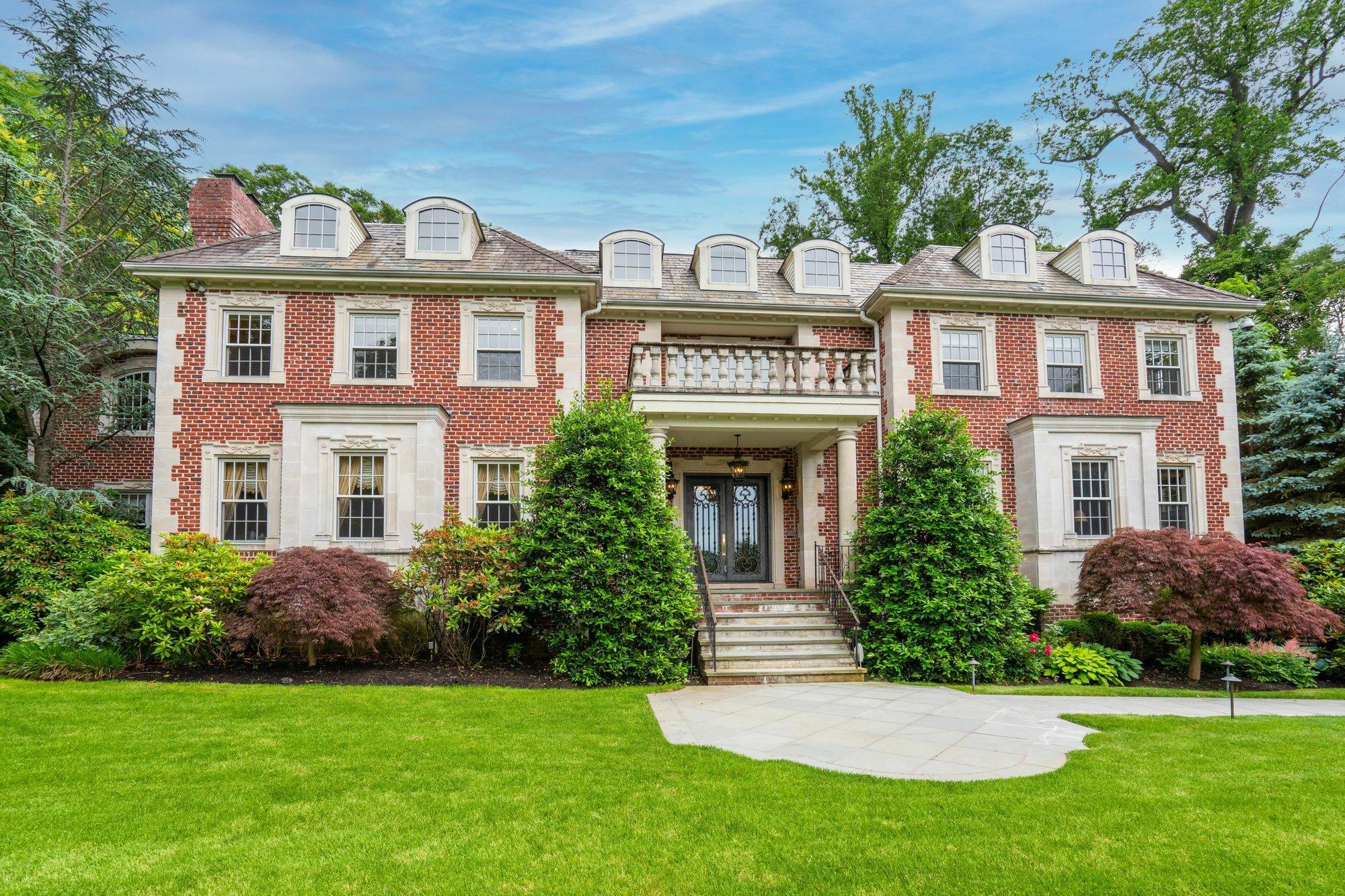 House in Manhasset, New York, United States 1 - 11520033