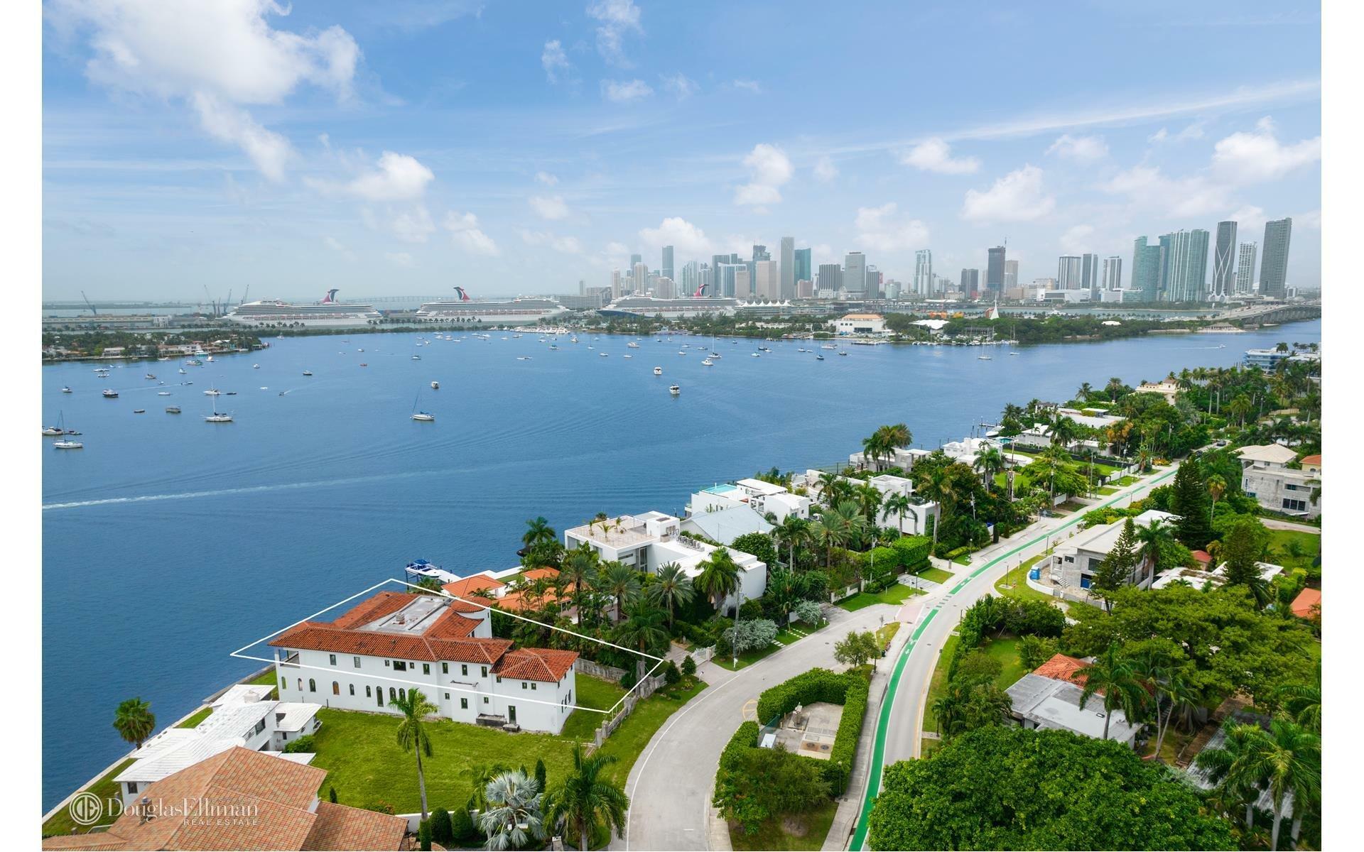 House in Miami, Florida, United States 1 - 11624055