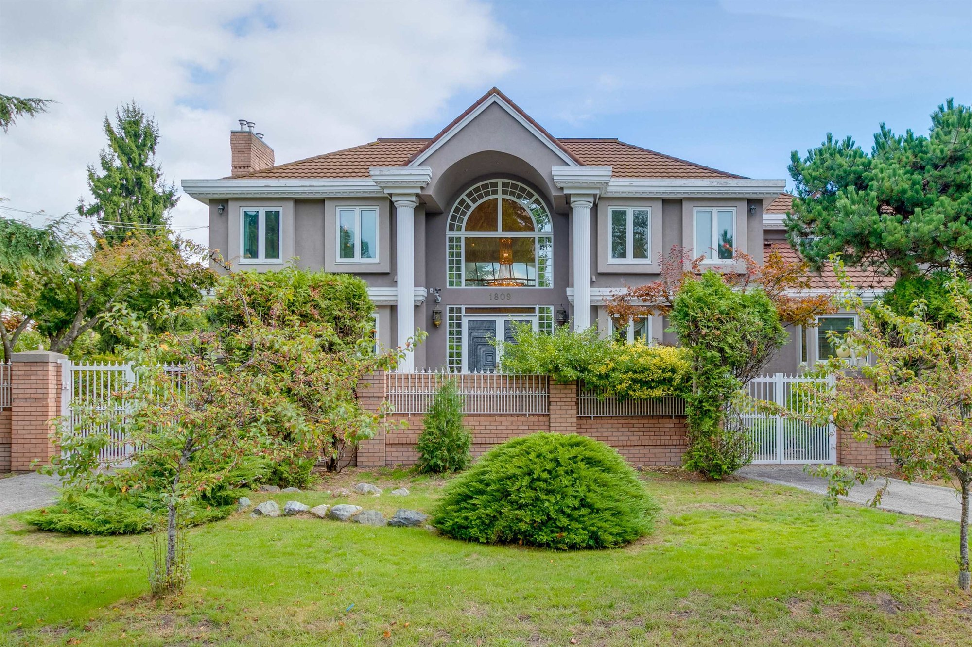 House in Vancouver, British Columbia, Canada 1 - 11630538