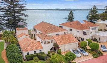 House in Sandringham, New South Wales, Australia 1