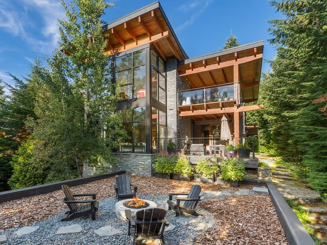 House in Whistler, British Columbia, Canada 1 - 11309784