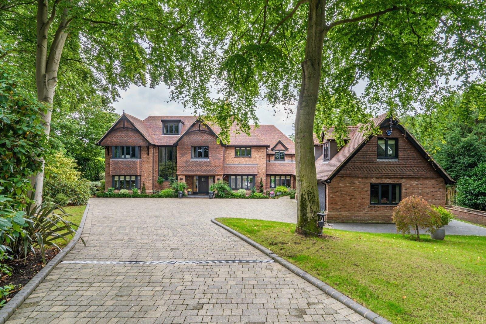 House in Gerrards Cross, England, United Kingdom 1 - 11470835