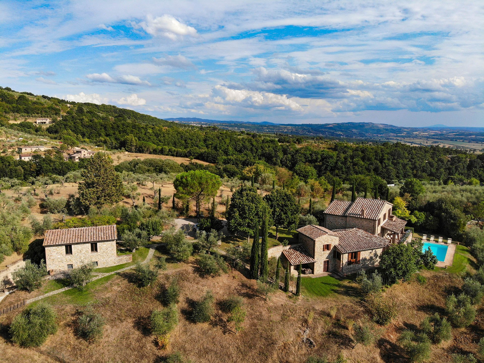 Country House in Umbria, Italy 1 - 11238332
