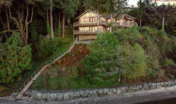 House in Olympia, Washington, United States 1