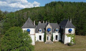 House in Autun, Bourgogne-Franche-Comté, France 1