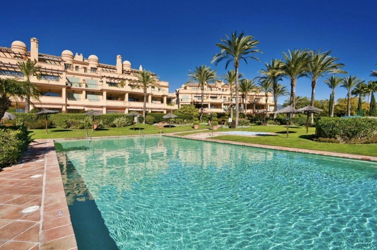 Apartment in Benahavís, Andalusia, Spain 1 - 11638270