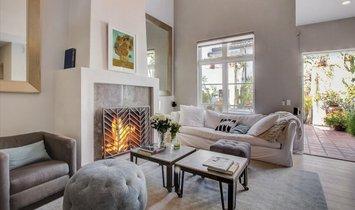 Apartment in Los Angeles, California, United States 1