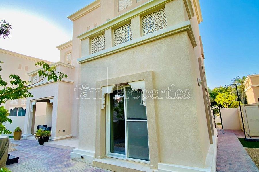 Villa in Dubai, Dubai, United Arab Emirates 1 - 11641242