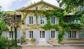 House in Aix-en-Provence, Provence-Alpes-Côte d'Azur, France 1