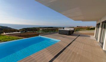House in Lourinhã, Lisbon, Portugal 1
