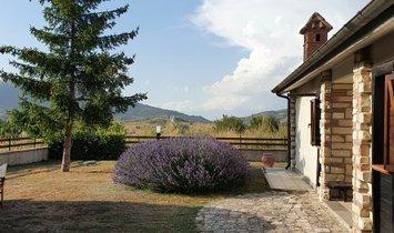 Villa in Ovindoli, Abruzzo, Italy 1