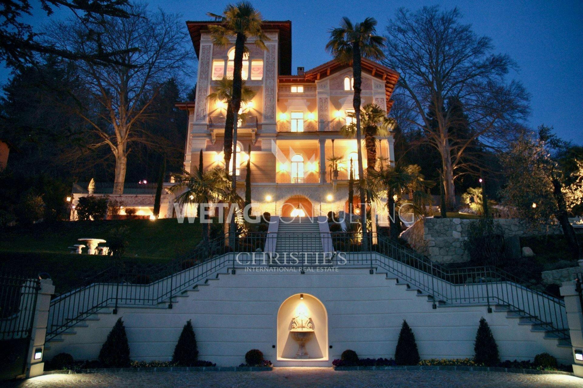 Villa in Curio, Ticino, Switzerland 1 - 11577806