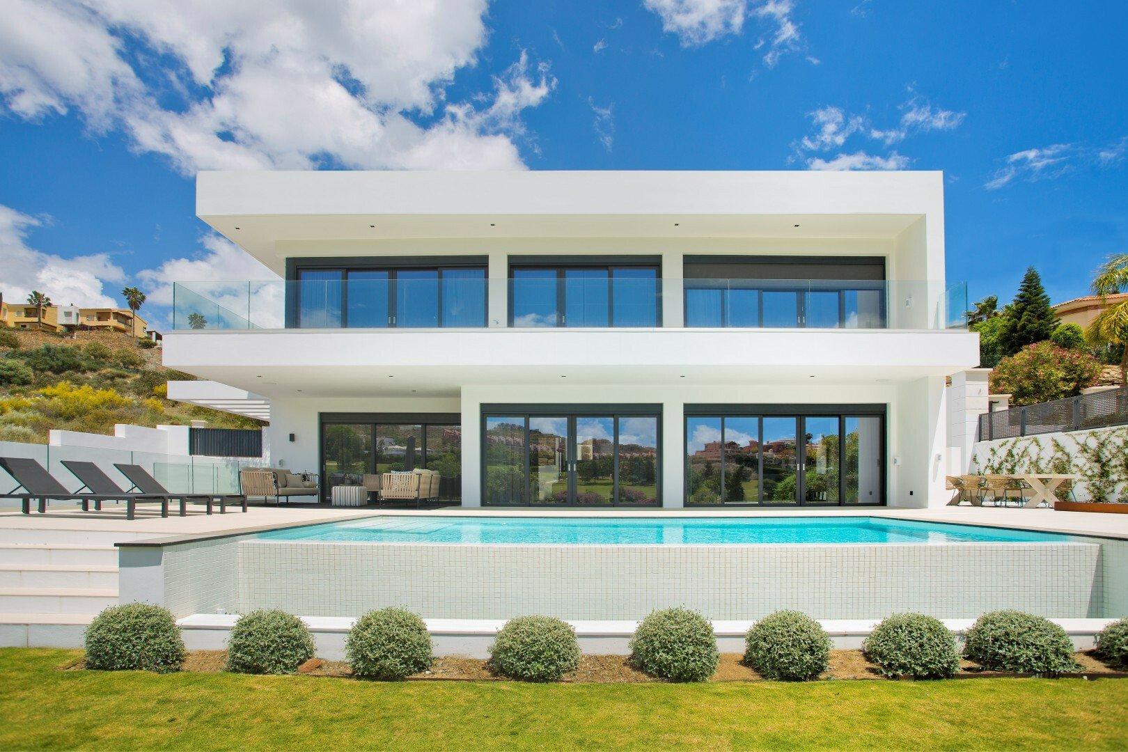 Villa in Benahavís, Andalusia, Spain 1 - 11647383