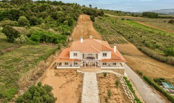 House in Bombarral, Leiria District, Portugal 1