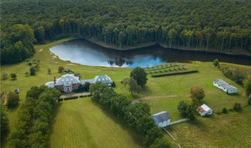 House in Ruther Glen, Virginia, United States 1