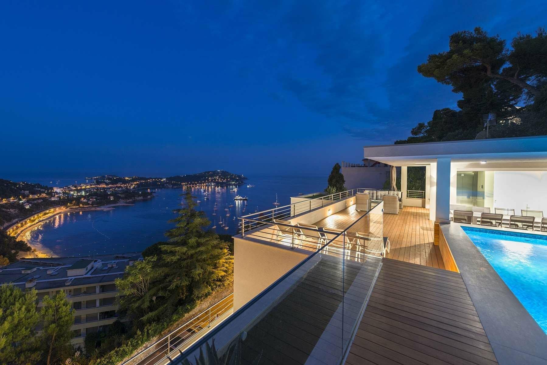 Villa in Villefranche-sur-Mer, Provence-Alpes-Côte d'Azur, France 1 - 11576983