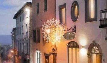 House in Todi, Umbria, Italy 1
