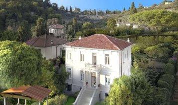 Villa in Bordighera, Liguria, Italy 1