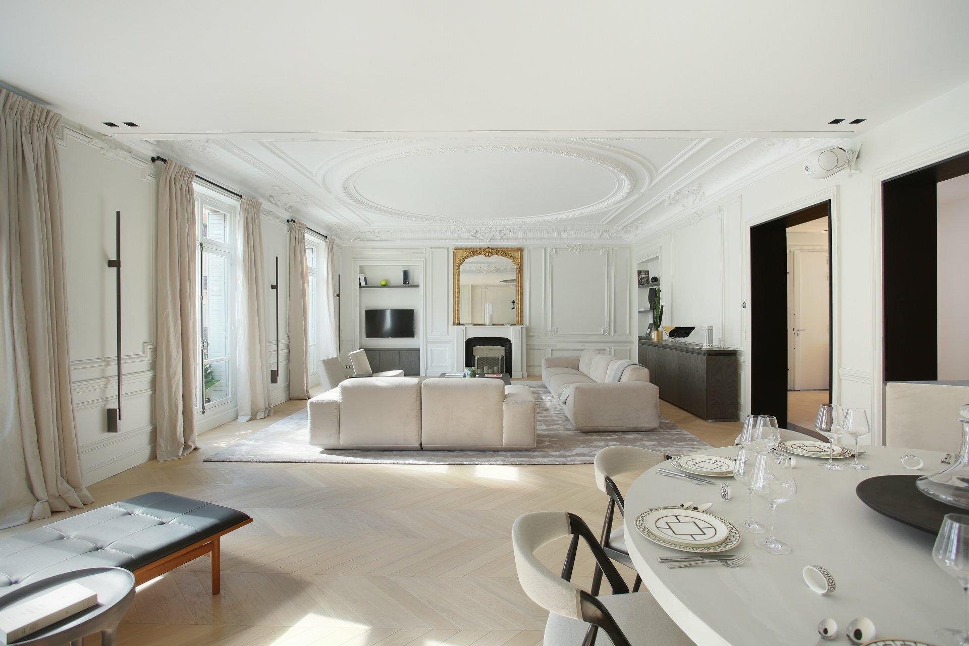 Apartment in Paris, Île-de-France, France 1 - 11654509