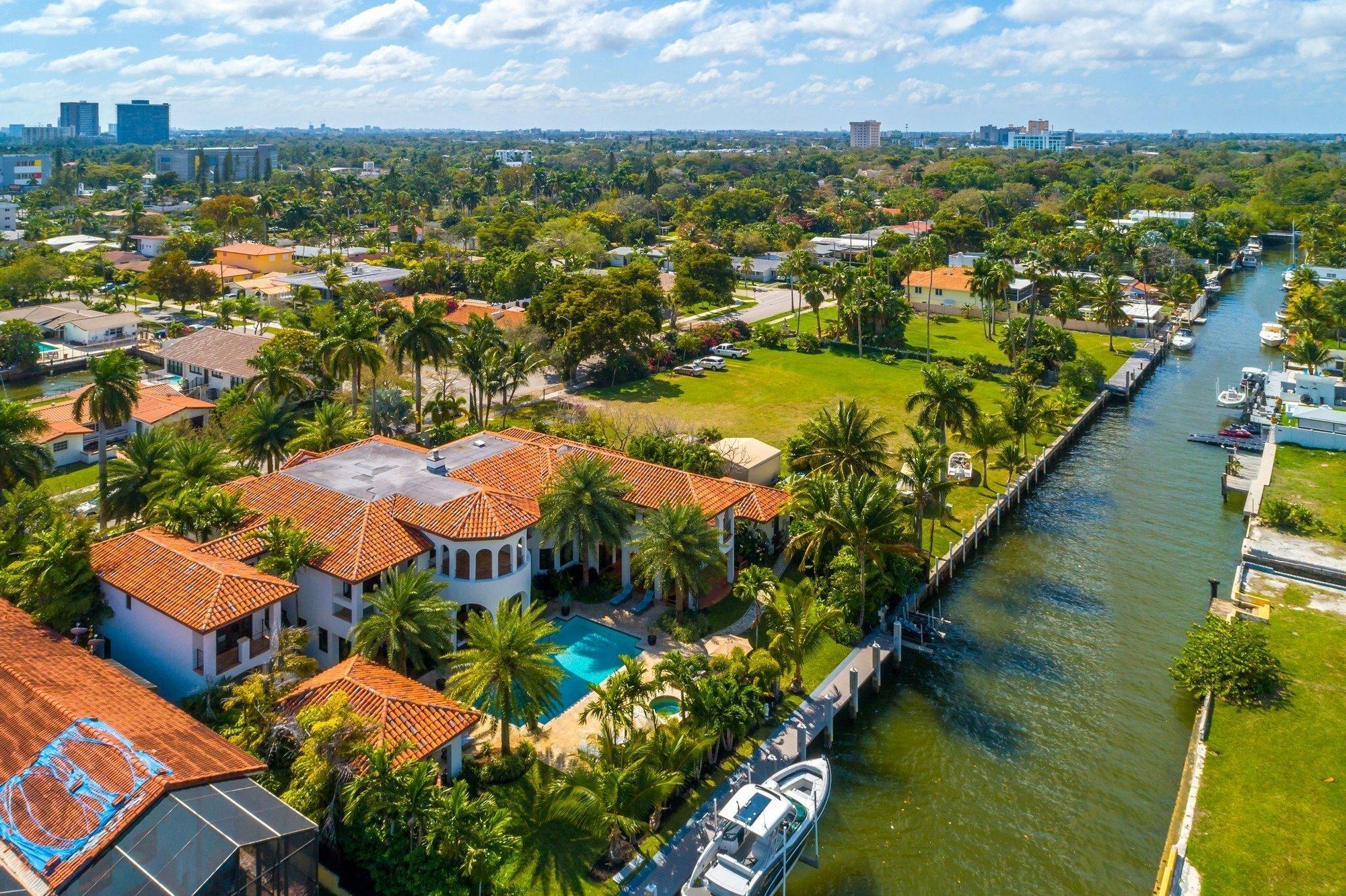 House in Miami, Florida, United States 1 - 11655784