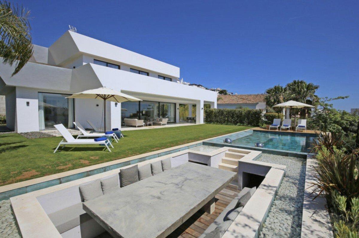 Villa in Benahavís, Andalusia, Spain 1 - 11663541