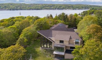 House in Bedford, Nova Scotia, Canada 1