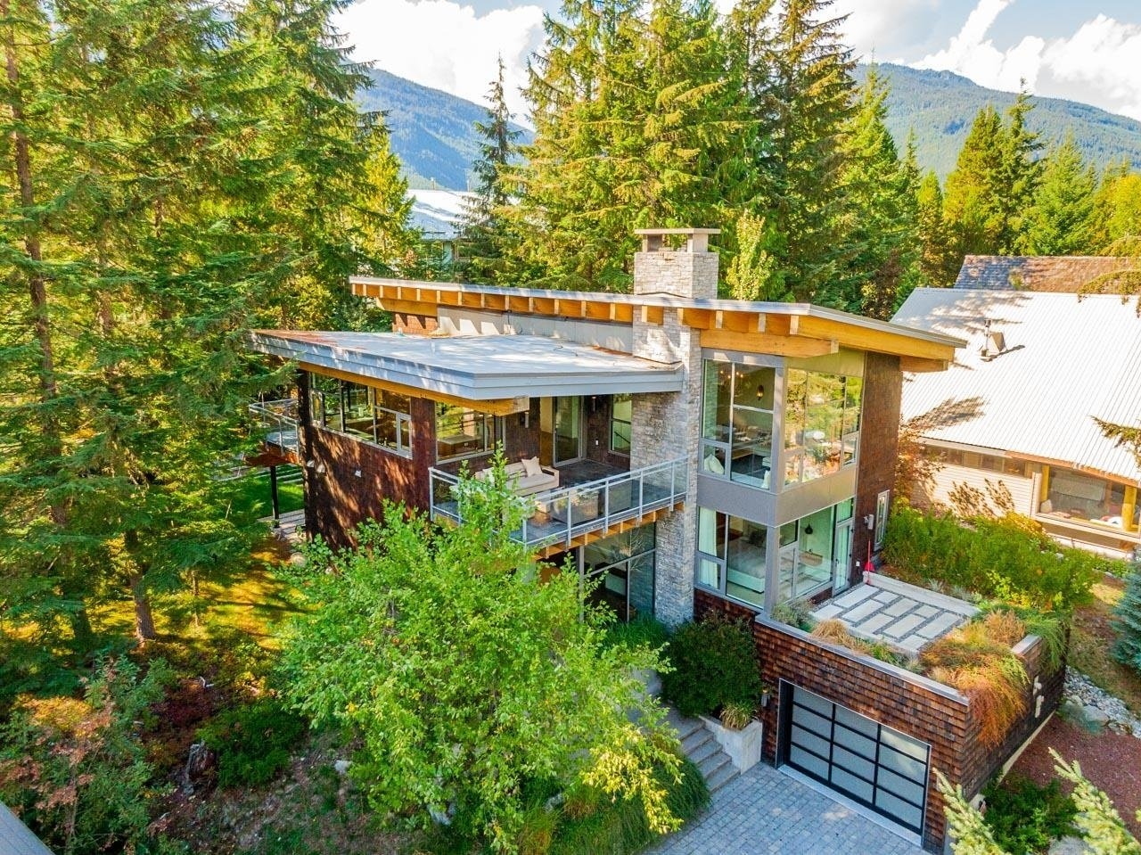 House in Whistler, British Columbia, Canada 1 - 11625573