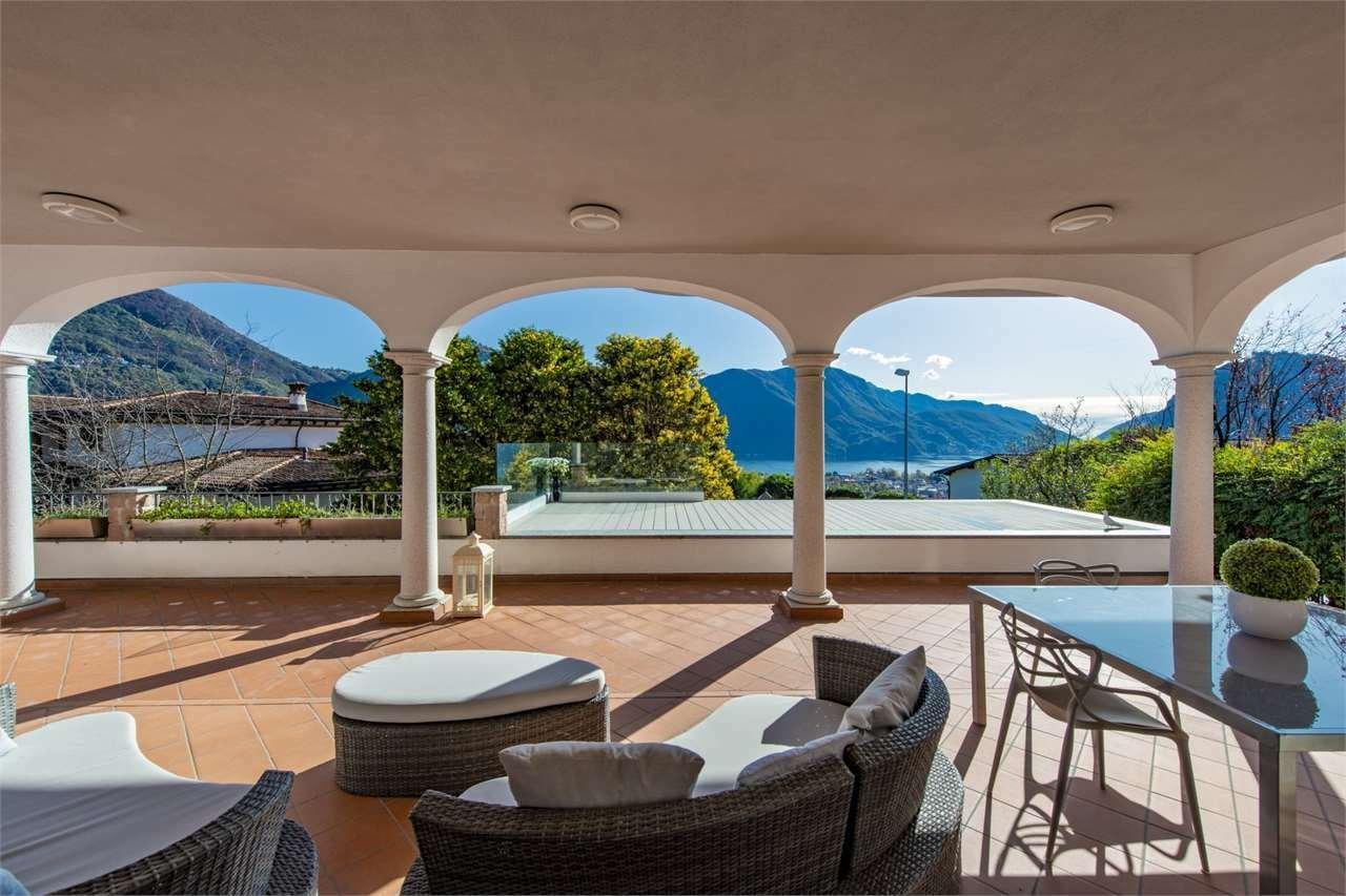 Villa in Savosa, Ticino, Switzerland 1 - 11560508