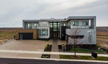 Condo in Edmonton, Alberta, Canada 1